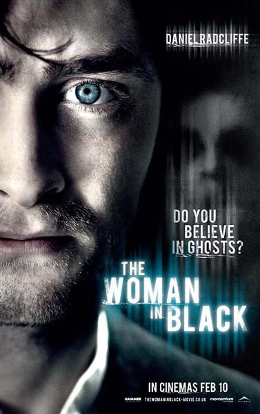 the-woman-in-black-poster-7